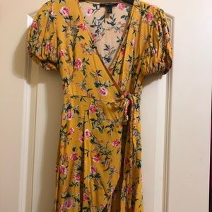 Yellow tropics floral dress (forever 21)
